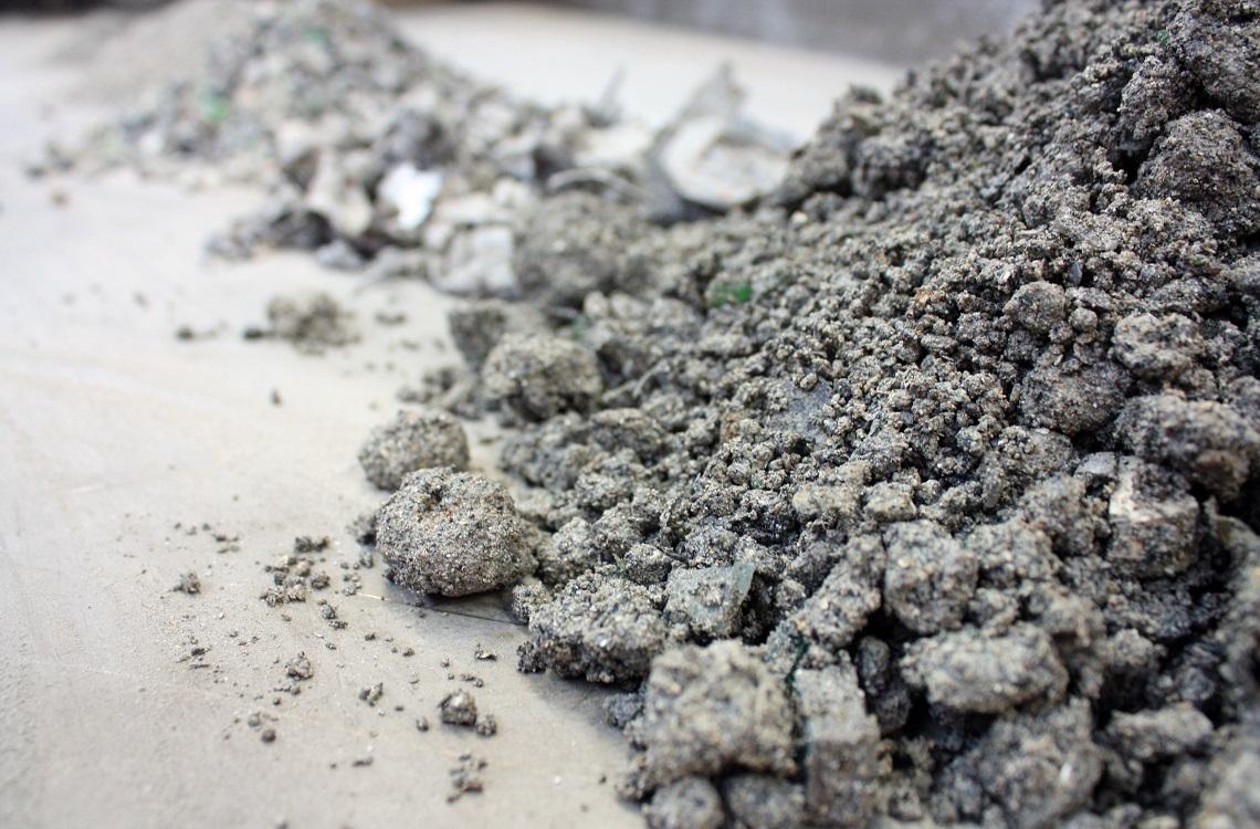 incinerator bottom ash